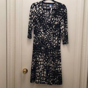 NWT Vickie Wayne dress. Size 12P